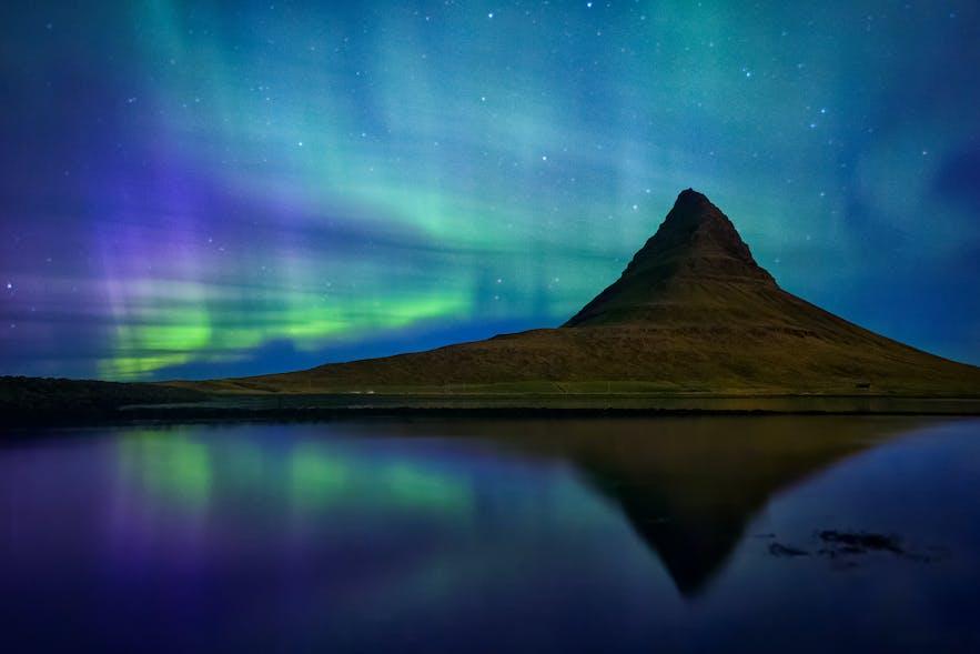 冰島教堂山極光