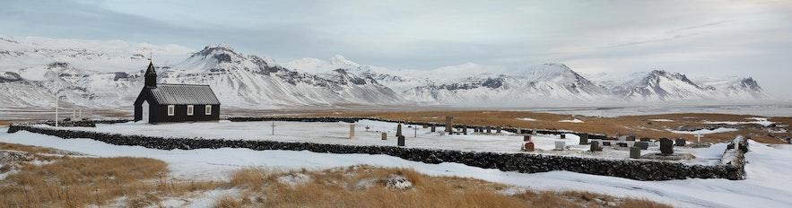 冰島西部黑教堂