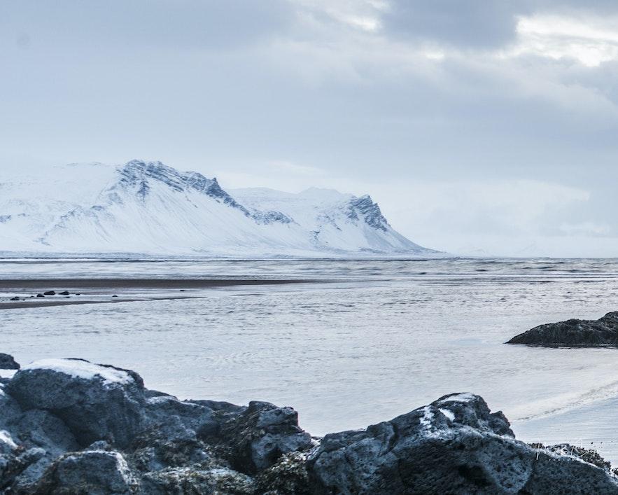 冰島冬季雪景