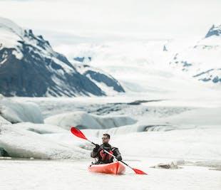 Kajaki w lagunie lodowcowej Heinabergslon
