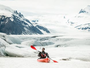Kayak Adventure on Heinabergslon Glacier Lagoon