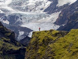7-Day Laugavegur & Fimmvörðuháls Trek in Huts