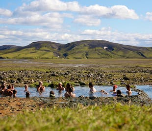 The Complete Volcanic Trails | Guided 9-Day Hiking Excursion in the Highlands