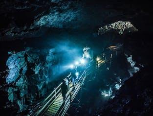 Vidgelmir Cave Master   Lava Tube Adventure