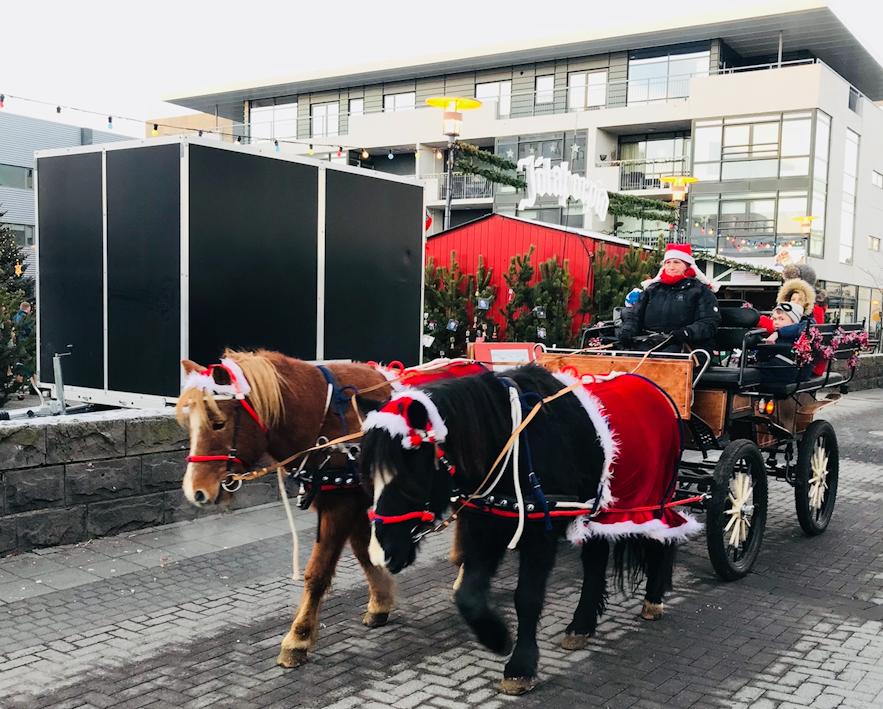 Hafnarfjordur 聖誕馬車