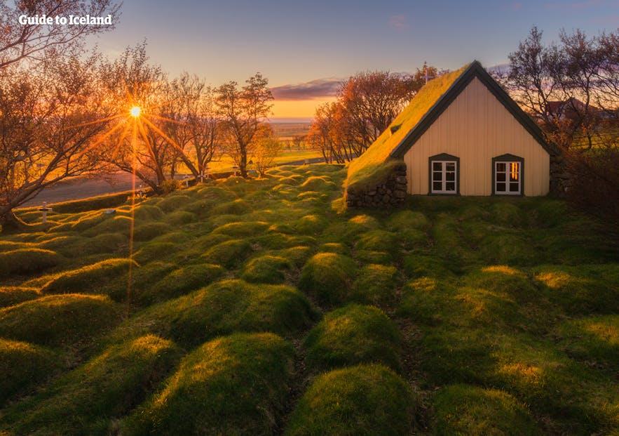 冰岛七月旅游节日