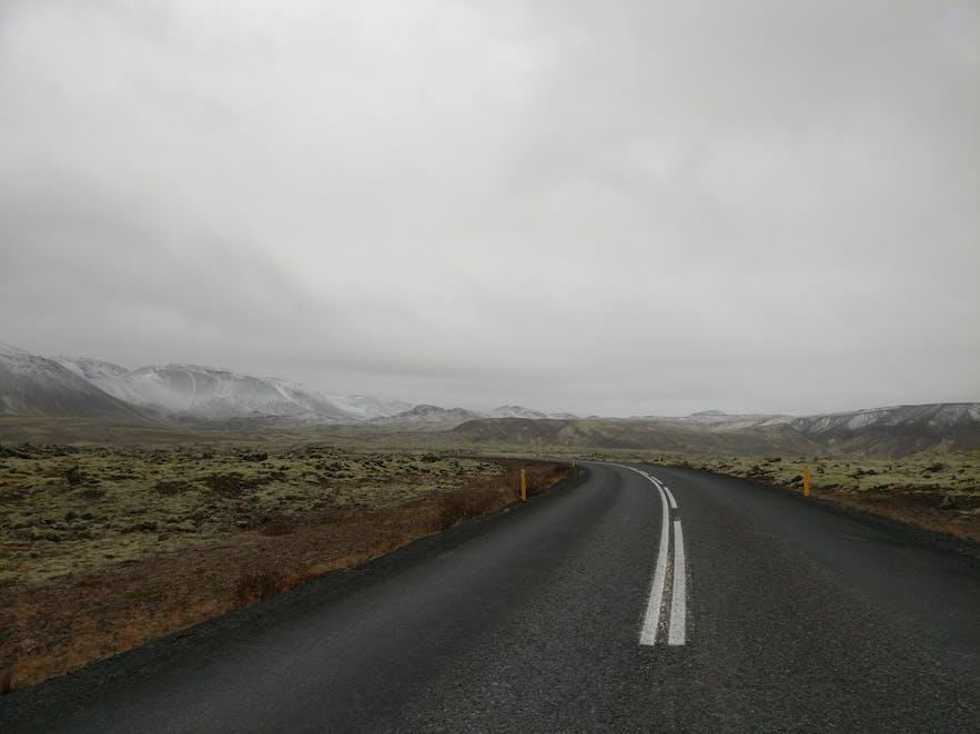 ガイドブックに載らないアイスランド
