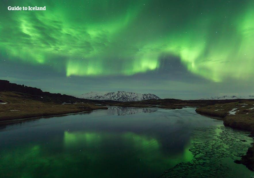 冰岛一月夜晚的天空