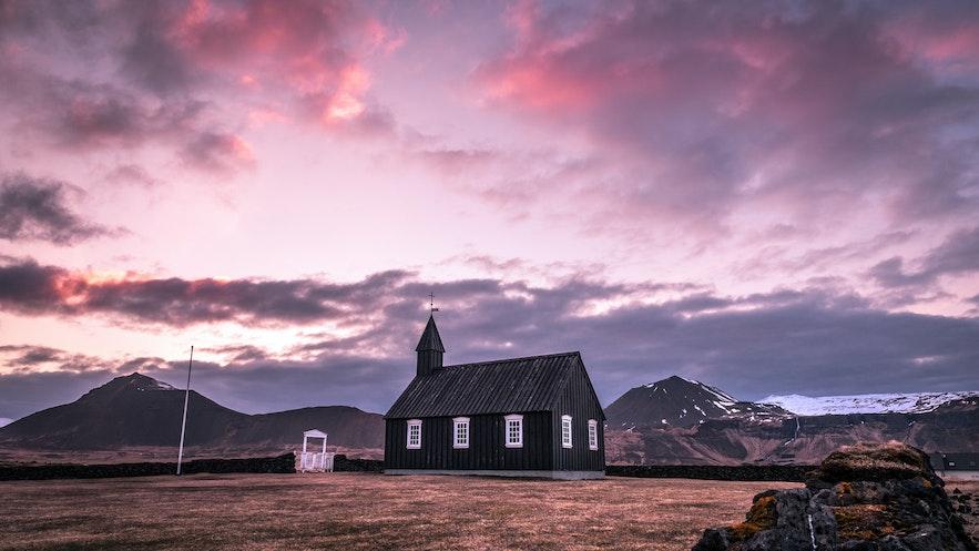 冰島春季四月