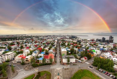 Walking Tour of Reykjavik | The Financial Crash and Recovery