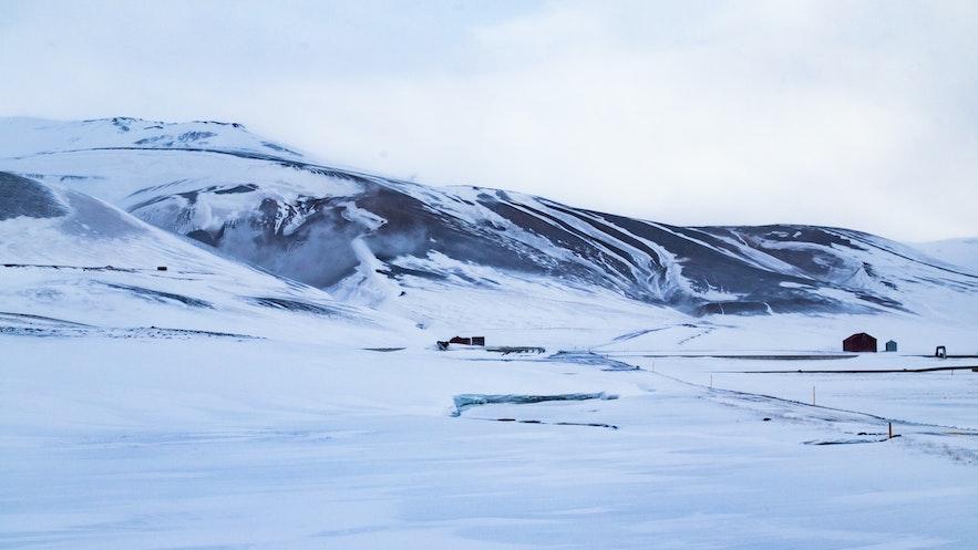 冰島四月部分地區依然積雪