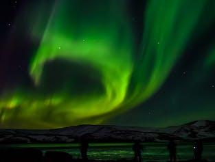 Sortie aurores boréales en petit groupe   Départ de la capitale