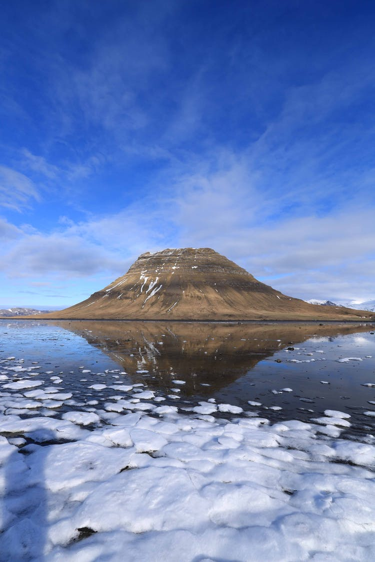 See the diverse wonders of the Snæfellsnes Peninsula on a circle of Iceland tour.