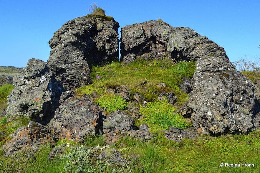 Tröllabörnin hornitos in SW-Iceland