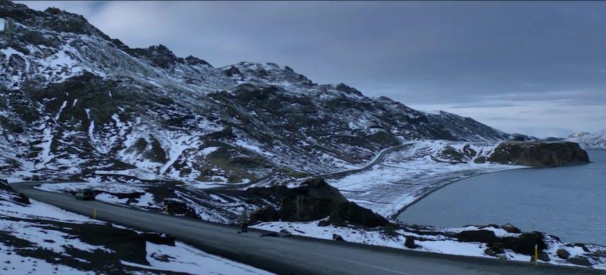 Innsjøen Kleifarvatn på Island brukes som bakgrunn i BlackMirror-episoden «Crocodile»