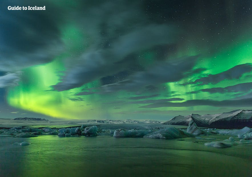 The Northern Lights tend to appear in green as their primary colour, though they will flair into reds, purples and yellow waves.