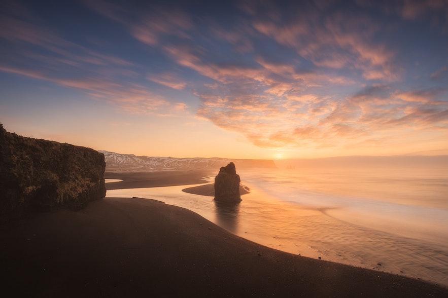 冰島夏季黑沙灘