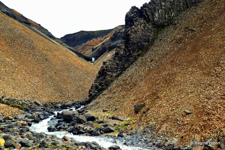 The Njarðvík Haunting - Innra-Hvannagil Gorge- a Ghost-Story from East-Iceland