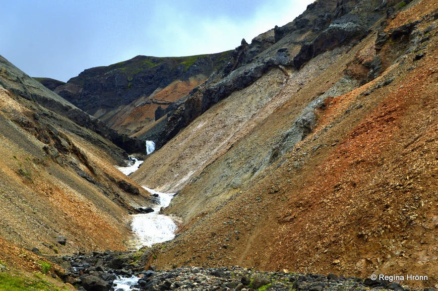 The Njarðvík Haunting - Innra-Hvannagil Gorge- a Ghost-Story from East-Iceland