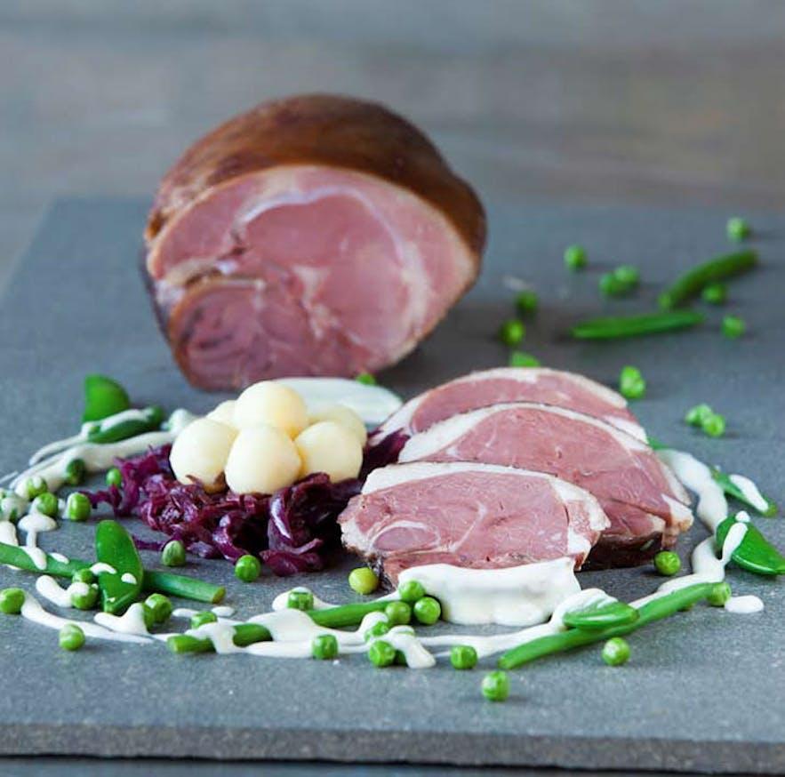 冰岛圣诞节传统美食熏羊肉Hangikjöt