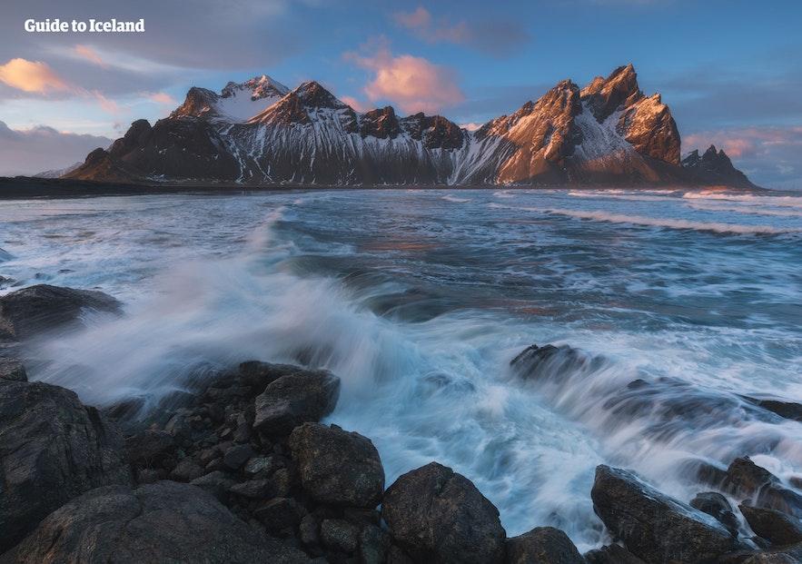Der Berg Vestrahorn im Osten Islands