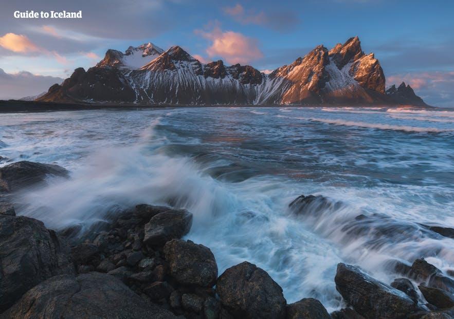 아이슬란드 동부의 베스트라호른 산