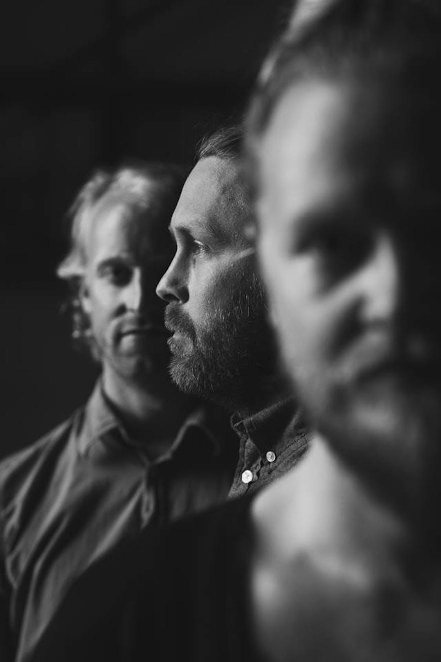 Black and white photo of Icelandic folk band Árstíðir
