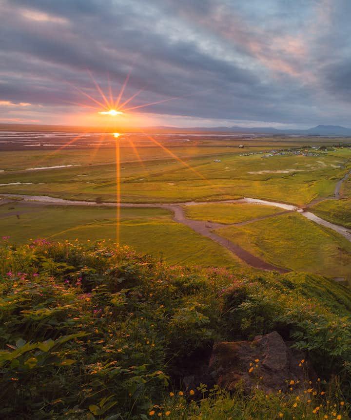冰島夏季瀑布