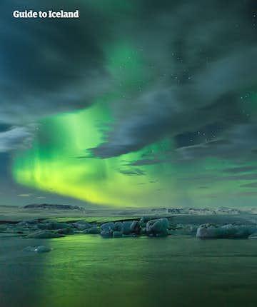 什么是北极光   极光原理及冰岛极光文化