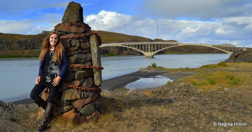 Regína by cairn no. 9 at Hvítárvellir in Borgarfjörður