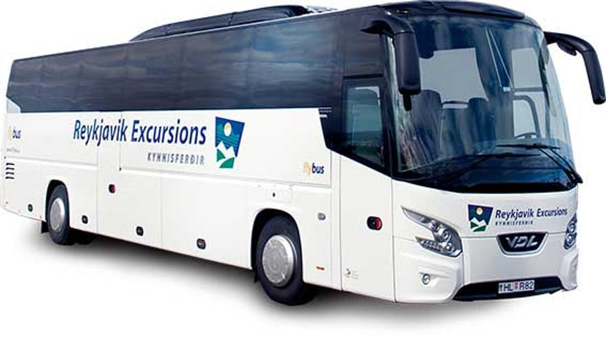 Reykjavík Excursions社のバス