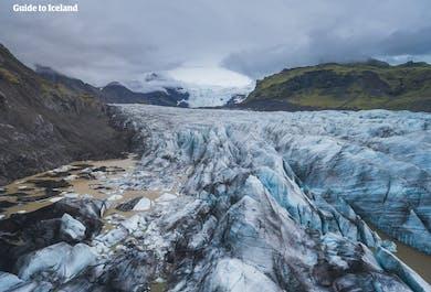 6日間ウィンターホリデー   氷の洞窟探検付き