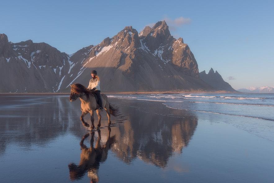 冰島 Vestrahorn恍如天空之鏡