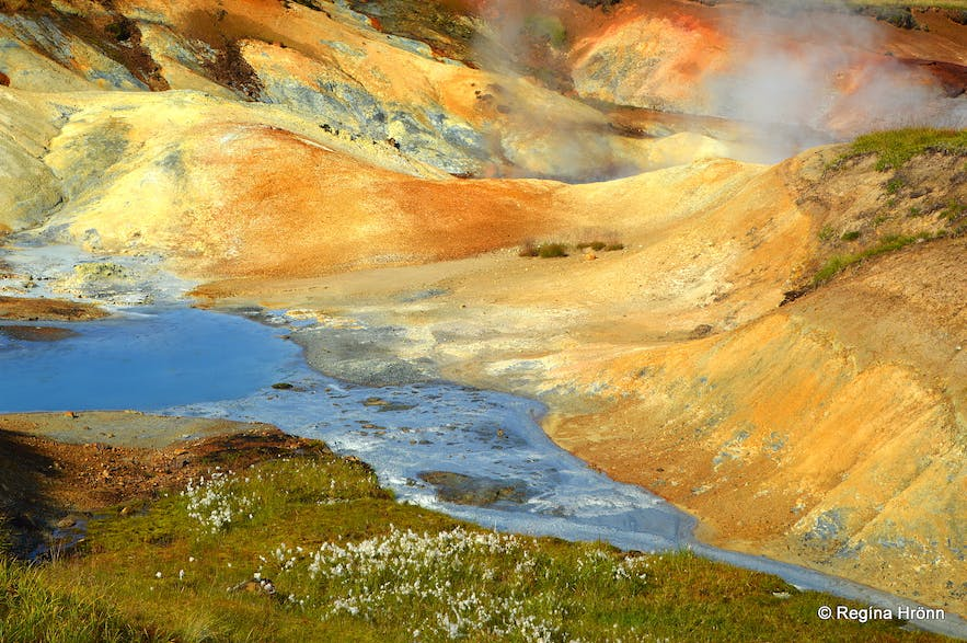 A very colourful Hike through the Hengill Geothermal Area at Nesjavellir in South-West Iceland