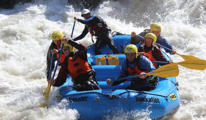 Tour de Rafting en el norte de Islandia | El río glacial oriental