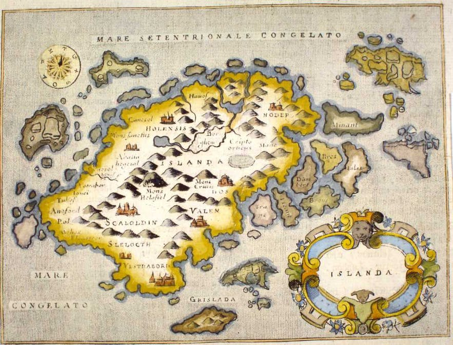 A map of Iceland by Raffaelo Savanarola, published in 1713.