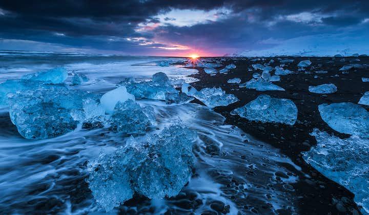 冬のセルフドライブツアー5日間 ヨークルスアゥロゥン氷河湖を目指す