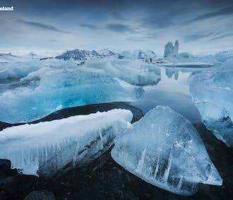 冬のセルフドライブツアー5日間|ヨークルスアゥロゥン氷河湖を目指す