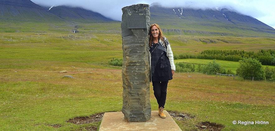Regína by The monument about Örlygsstaðabardagi