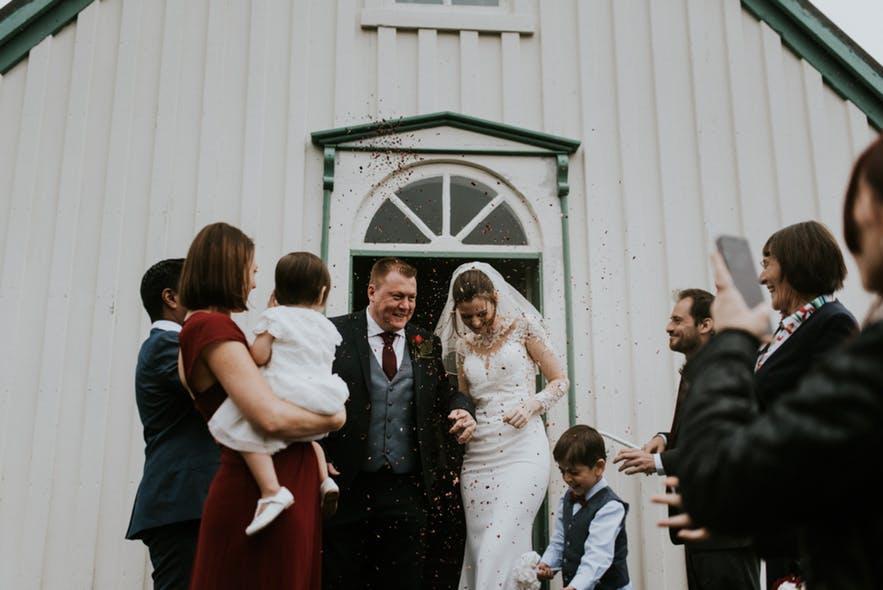 冰岛教堂婚礼