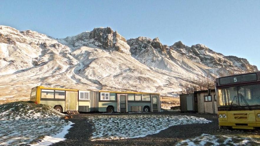 冰島巴士改裝民宿
