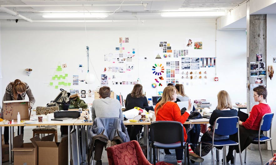 冰岛艺术大学位于雷克雅未克,是冰岛艺术的最高学府