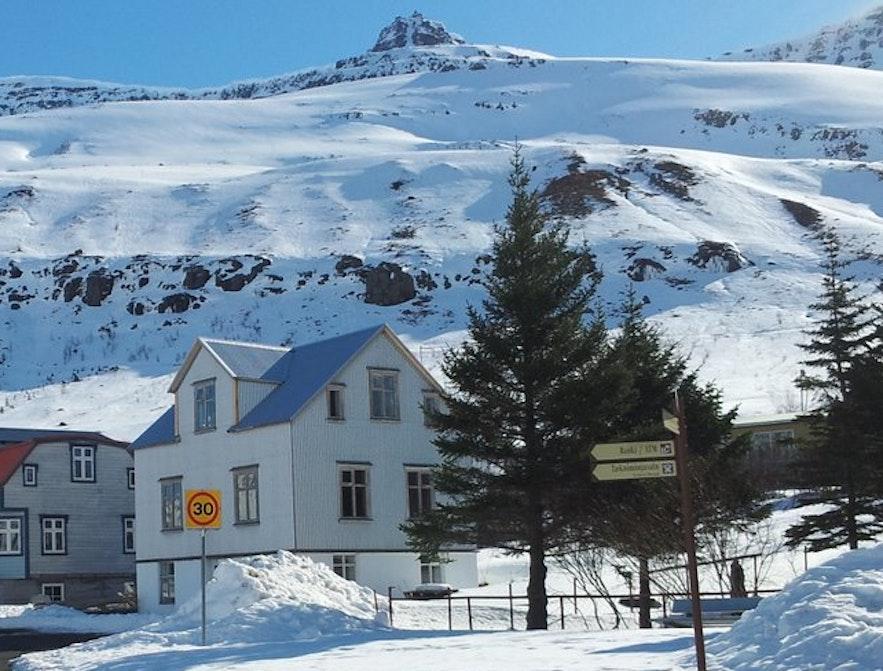 冰島東部Seyðisfjörður 小鎮住宿