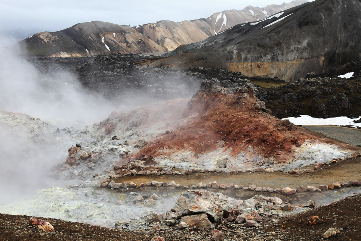 See geothermal areas and stunning locations with the Golden Hikers Bus Pass.