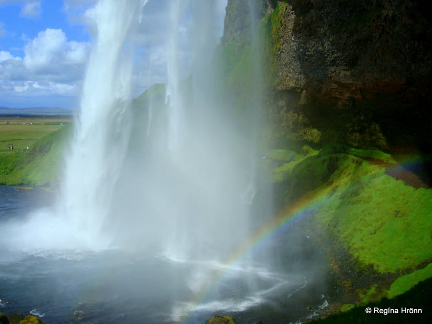 The beautiful Waterfalls of South-Iceland; Seljalandsfoss, Skógafoss & Gljúfrabúi