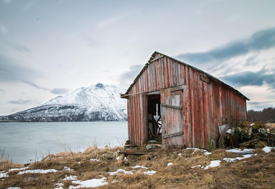 冰島郊外某處小屋