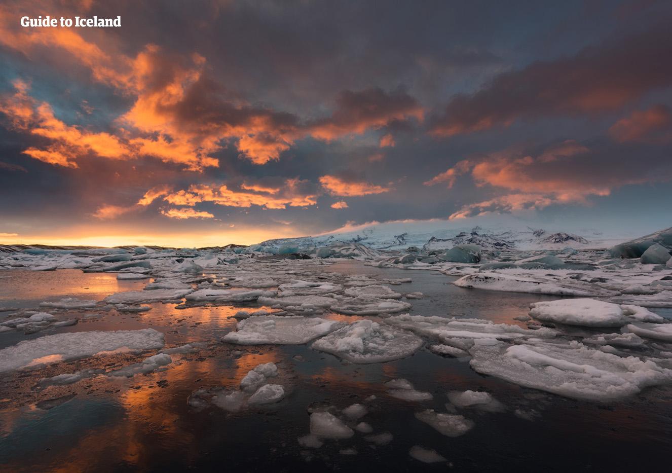 아이슬란드 대자연의 백미라 불리는 요쿨살론 빙하 호수.