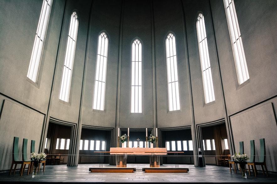 冰島教堂內部