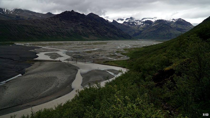 Point de vue sur Morsárdalur, Skeiðarársandur et Skeiðarárjökull.