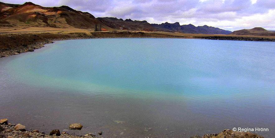 The explosioncrater Grænavatn SW-Iceland